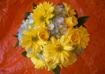 Bouquet with spring daisies